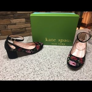 Worn Once! Kate Spade 7.5! Must see
